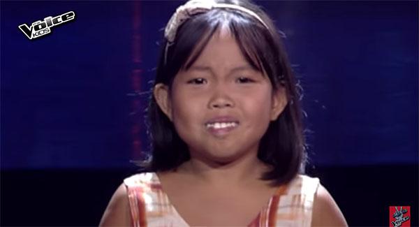 Esguerra sings 'Natatawa Ako' on The Voice Kids Philippines Season 2