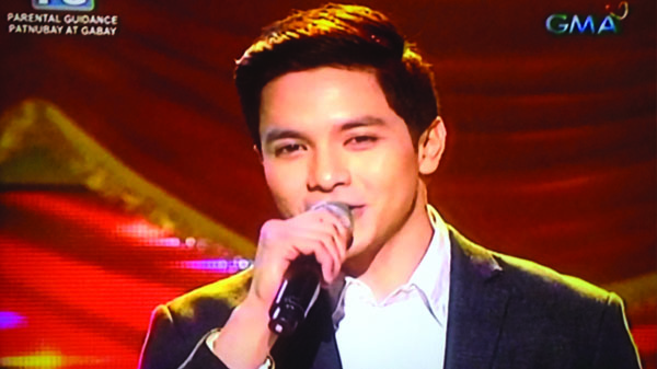 alden sings thinking out loud