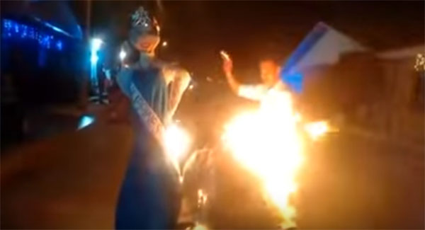 Colombians-Burns-Miss-Universe-Effigy copy