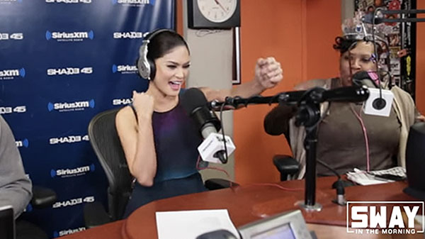 Miss Universe 2015 Pia Wurtzbach sings Britney Spears song