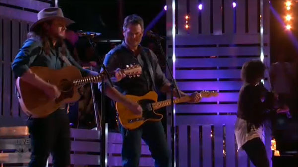 Adam Wakefield Blake Shelton duet the voice finale