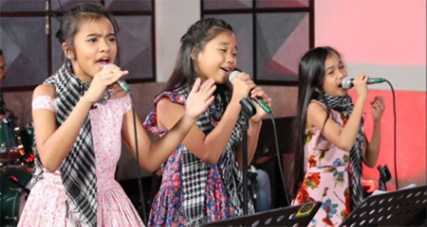 Cahil vs Heart vs Jean the voice kids philippines mirrors