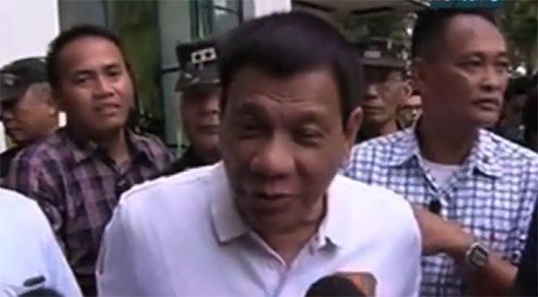 President Duterte sings Killing Me Softly for Senator De Lima