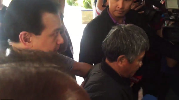 edgar-matobato-surrender-to-pnp-video