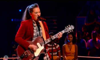 Kylie Rothfield sings 'Hound Dog' on The Voice Knockouts