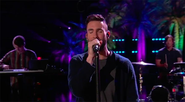 adam-levine-with-maroon-5-sing-dont-wanna-know-on-the-voice-nov-28