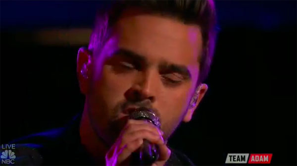 brendan-fletcher-sings-true-colors-on-the-voice-top-10-live-shows-nov-28