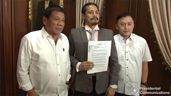 president-duterte-grants-absolute-pardon-to-robin-padilla