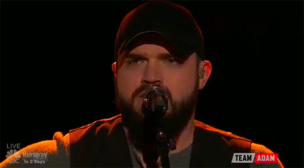 "Josh Gallagher sings ""Johnny's Song"" on The Voice Top 8 Semifinals"