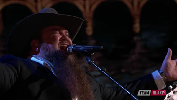 Sundance Head moves to The Voice Season 11 Grand Finals