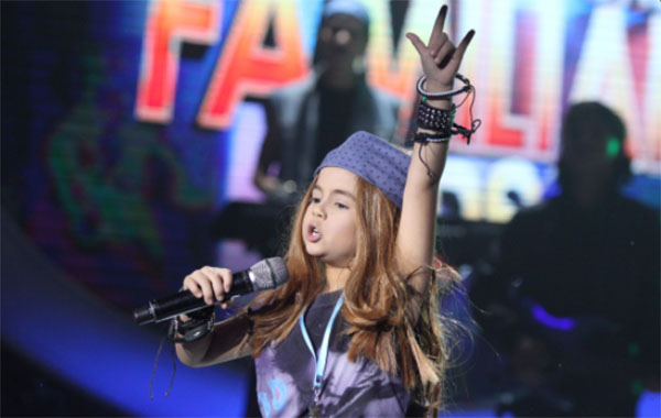 Xia Vigor as Axl Rose wins Your Face Sounds Familiar Kids Week 3 Sunday, January 22, 2017