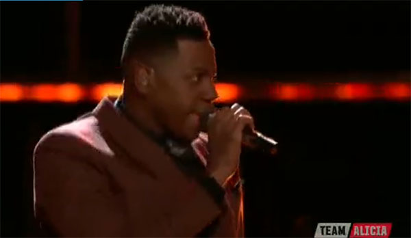 Chris Blue sings 'Love and Happiness' on The Voice Top 12 Live Shows