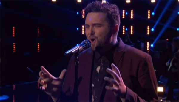 Jack Cassidy sings 'Don't Let the Sun Go Down on Me' on The Voice Live Playoffs