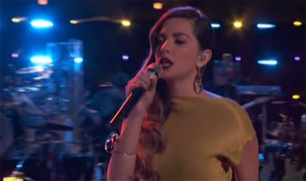 Lilli Passero sings 'It's Too Late' on The Voice Live Playoffs