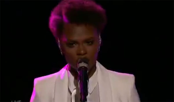 Vanessa Ferguson sings 'A Song For You' on The Voice 2017 Top 12 Live Shows