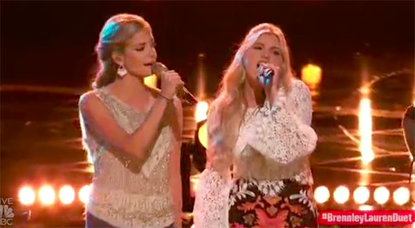 Brennley Brown, Lauren Duski sings 'Good Hearted Woman' duet on The Voice 2017 Top 8 Semifinals