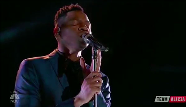 Chris Blue sings 'Take Me to the King' on The Voice 2017 Top 8 Semifinals