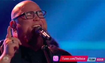 Jesse Larson sings Original Single 'Woman' on The Voice 2017 Finale