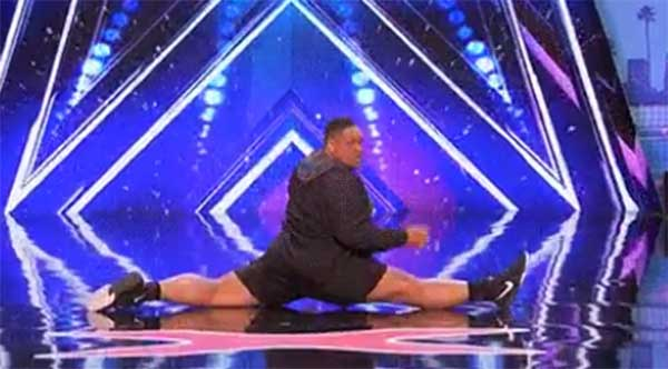 Oscar Hernandez dances to 'Anaconda' on America's Got Talent 2017