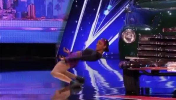 Shemika Charles impress with Limbo act on America's Got Talent 2017