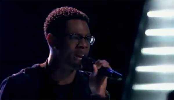 "Brandon Showell sings ""There's Nothing Holding Me Back"" on The Voice 2017 Blind Auditions"