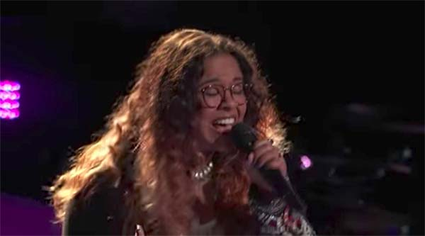 Brooke Simpson sings 'Stone Cold' on The Voice 2017 Blind Auditions