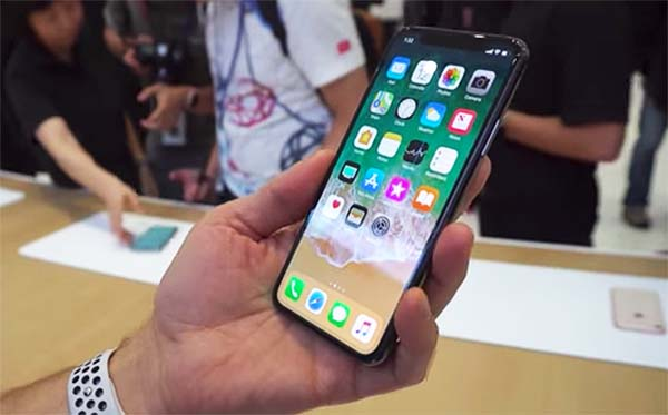 Apple iPhone X Hands-on and First Look Video