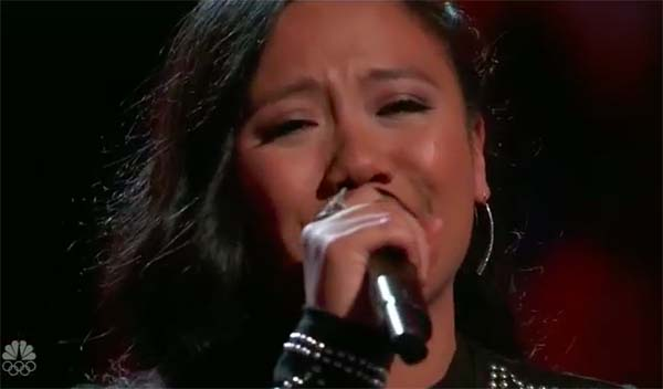 Blake Shelton steals Pinay singer Kathrina Feigh on The Voice 2017 Battles