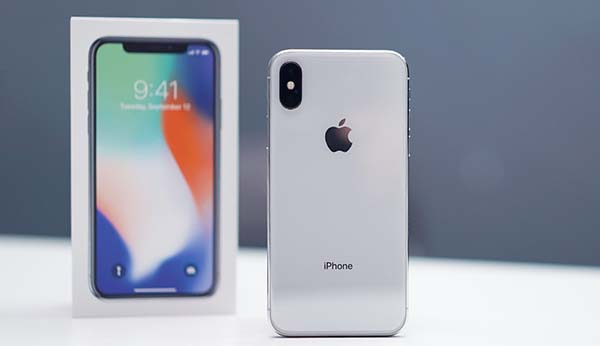 apple iphone x sold out until 2018 unboxing and hands on video. Black Bedroom Furniture Sets. Home Design Ideas
