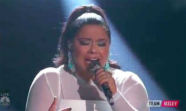 Brooke Simpson sings 'Praying' on The Voice 2017 Live Shows Top 12
