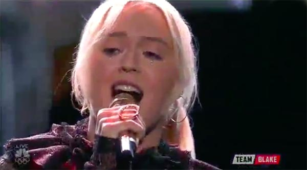 Chloe Kohanski sings 'Total Eclipse of the Heart' on The Voice 2017 Live Shows Top 11
