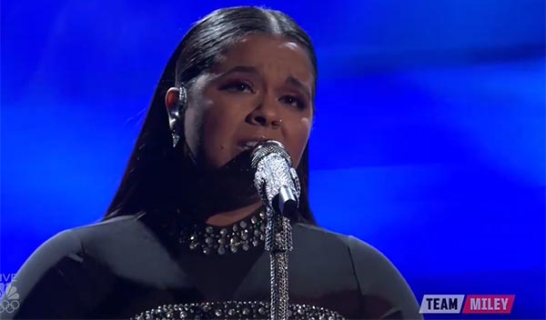Brooke Simpson sings 'Amazing Grace' on The Voice 2017 Live Shows Top 10