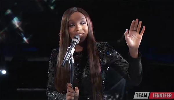 Shi'Ann Jones sings 'Diamonds' on The Voice 2017 Live Shows Top 10