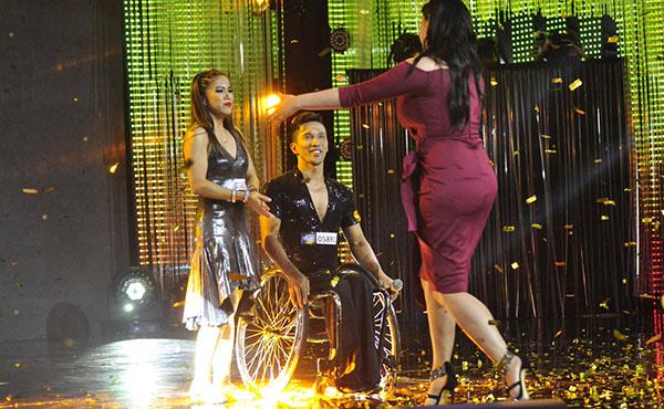 Watch: Julius and Rhea Gets Golden Buzzer from Angel Locsin on Pilipinas Got Talent 2018