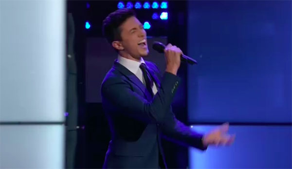 "Austin Giorgio sings ""How Sweet It Is"" on The Voice 2018 Blind Audition"