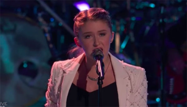 "Alexa Cappelli sings ""It Hurts So Bad"" on The Voice 2018 Live Playoffs"