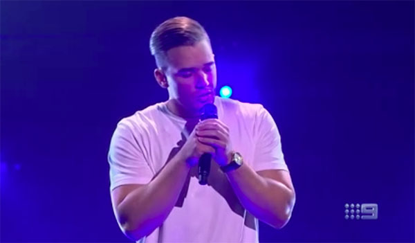 "Clint Posselt sings ""Malibu"" on The Voice Australia 2018 Blind Auditions"