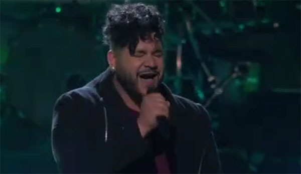 """Johnny Bliss sings """"Alive"""" on The Voice 2018 Knockouts"""