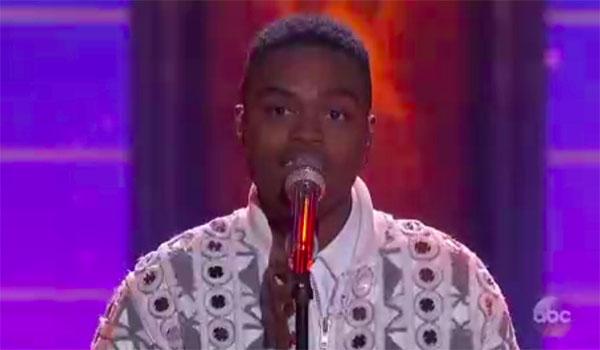 """Michael J Woodard sings """"Beauty and the Beast"""" on American Idol 2018 Top 10 Disney Night"""