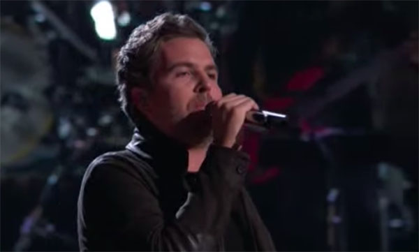"Reid Umstattd sings ""I Still Haven't Found What I'm Looking For"" on The Voice 2018 Live Playoffs"