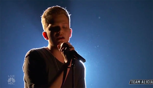 "Britton Buchanan sings ""Perfect"" on The Voice 2018 Top 11 Live Show"