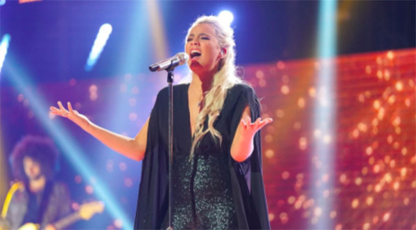 "Gabby Barrett Winners Single ""Rivers Deep"" on American Idol 2018 Finale"