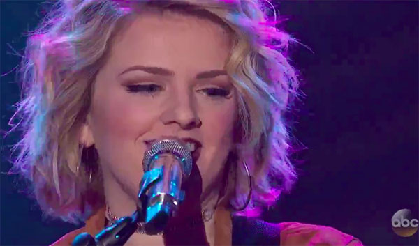 "Maddie Poppe sings ""If It Makes You Happy"" on American Idol 2018 Top 7"