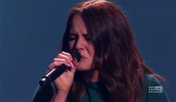 "Maddison McNamara sings ""I Will Always Love You"" on The Voice Australia 2018 Blind Auditions"
