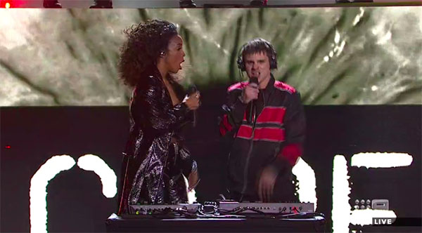 "Sam Perry & Kelly Rowland ""They Don't Care About Us"" Duet on The Voice Australia 2018 Grand Finale"