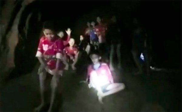 Missing Thai Soccer Team Found Alive in Cave After 10 Days
