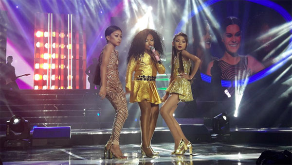 "TNT Boys as Jessie J, Ariana Grande, Nicki Minaj sings ""Bang Bang"" YFSF Kids Grand Finals"