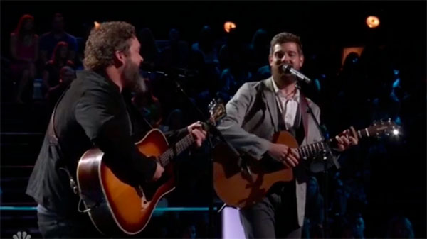 "The Voice 2018 Battles: Keith Paluso vs Dave Fenley ""I'm a One Woman Man"""