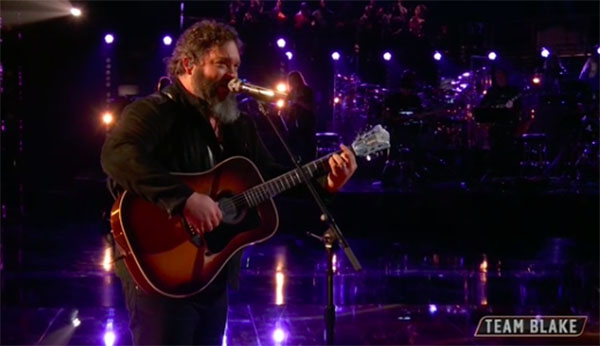 "Dave Fenley ""Angel Flying Too Close To The Ground"" The Voice 2018 Live Playoffs"