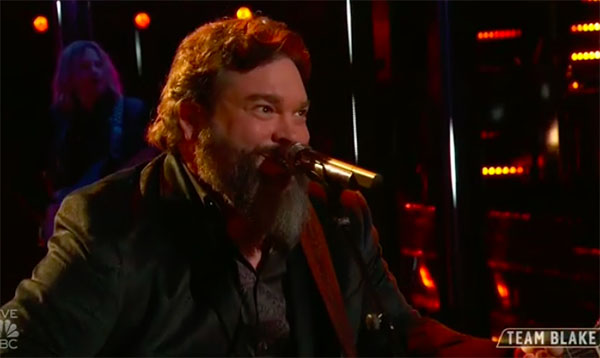 "Dave Fenley sings ""Hard To Love"" on The Voice Top 13 Live Shows"
